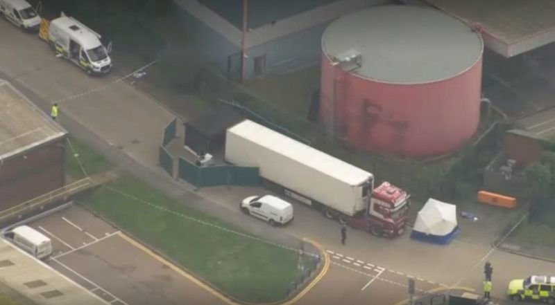 Общество: В Великобритании прокомментировали обнаружение в грузовике 39 тел