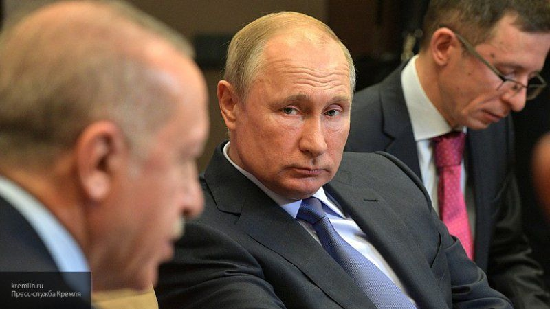 Песков рассказал о деталях работы Путина и Эрдогана при обсуждении меморандума по Сирии