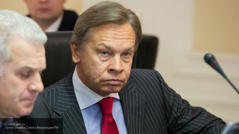 """Пушков прокомментировал заявление Макрона о """"смерти мозга"""" НАТО"""