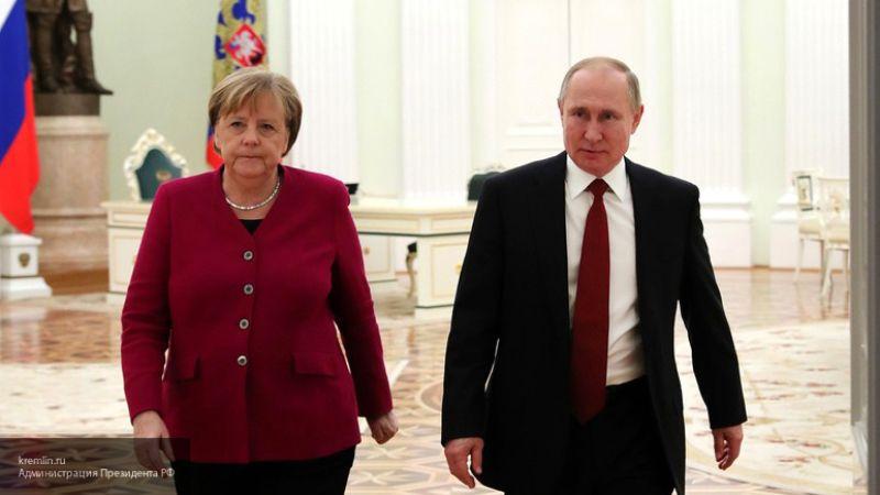 """Топорнин считает, что благодаря России Ливия смогла увидеть """"свет в конце туннеля"""""""