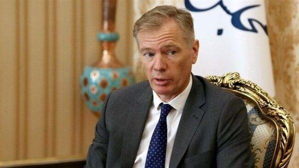 Общество: СМИ: «Нежелательный» британский посол покинул Иран