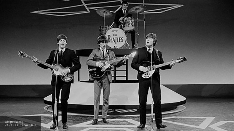 """Британский продюсер заявил, что современные музыканты не смогут стать """"новыми"""" The Beatles"""