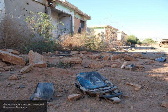 Общество: ЛНА с оглядкой на РФ будет придерживаться режима прекращения огня в Ливии