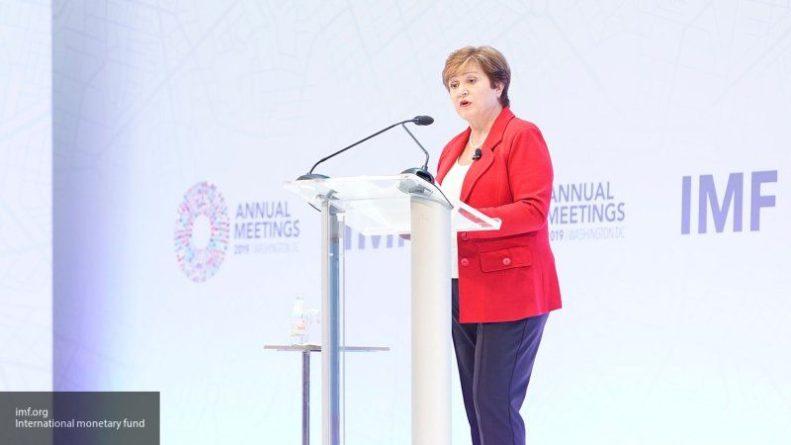 Общество: Глава МВФ приветствовала премьера Украины на русском языке