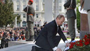 Общество: Foreign Policy (США): Владимир Путин хочет переписать историю Второй мировой войны