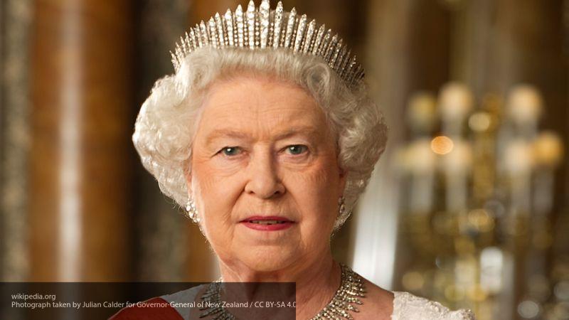 Билль о Brexit обрел статус законного после того, как его подписала Елизавета II
