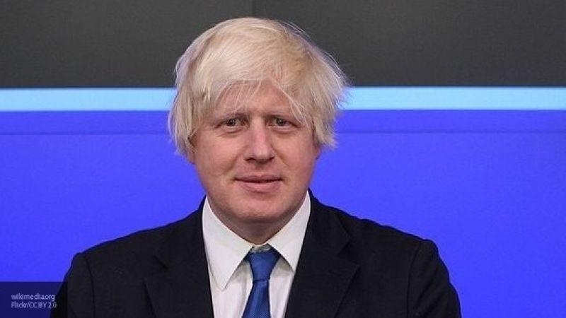 Приглашение Джонсона на парад 75-летия Победы в Москву вызвало жесткие дискуссии в Лондоне