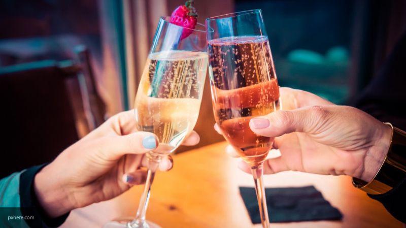 Ученые заявили, что умеренное употребление алкоголя позволяет продлить жизнь