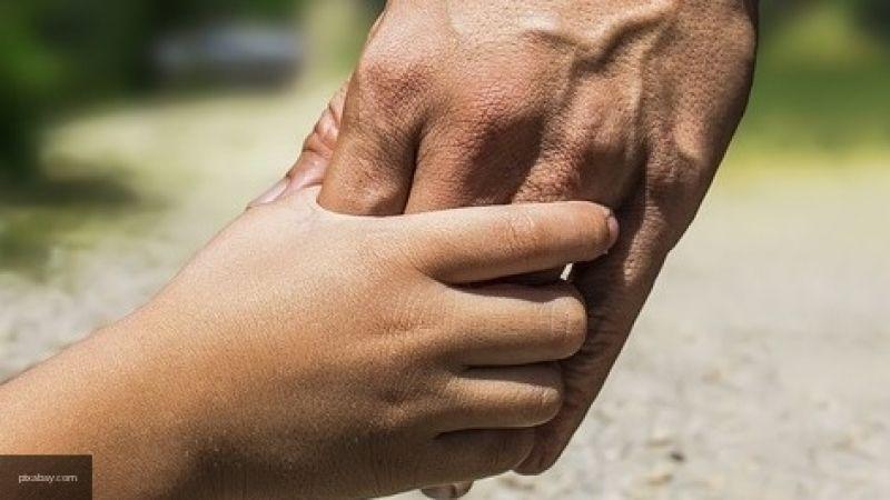 Практикующий психолог рассказала, что из-за детских травм возникает вера в мифы о здоровье