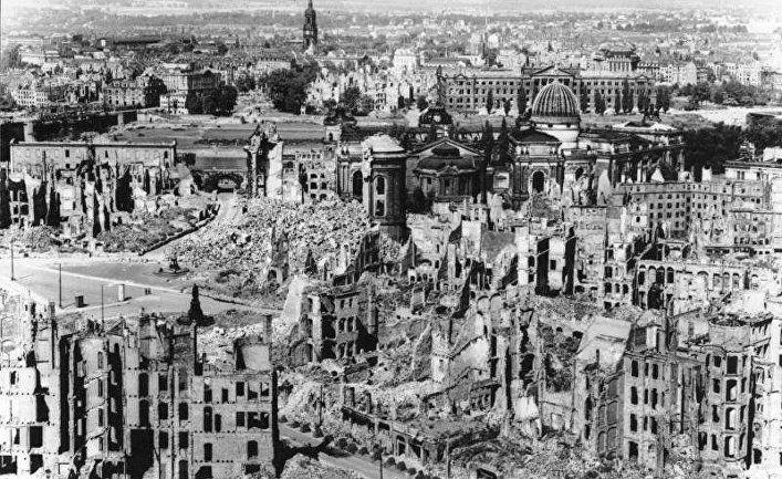 Общество: «Дрезден был похож на луну – одни минералы. Камни раскалились. Вокруг была смерть».