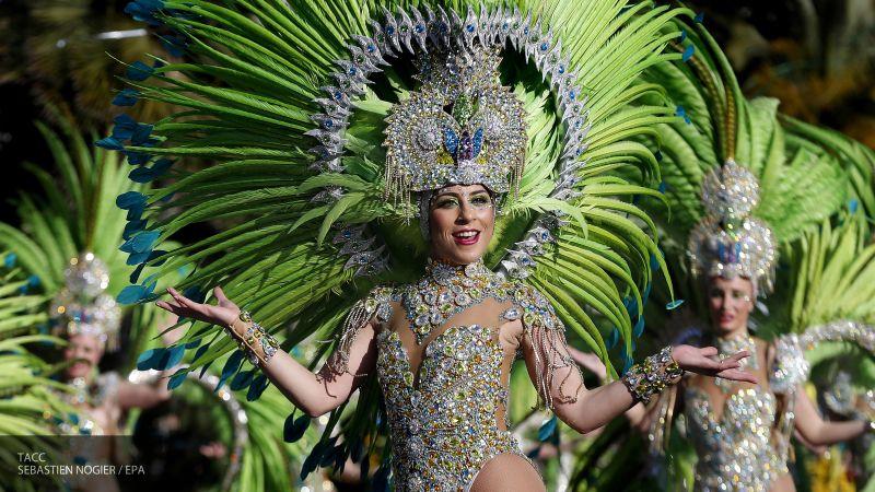 Юдашкина не пригласили в Ниццу на карнавал, посвященный моде