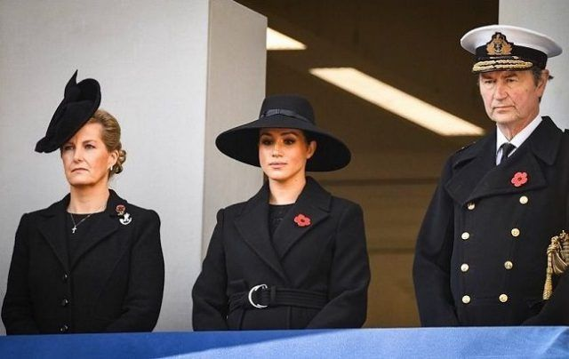 Общество: Меган Маркл и принцу Гарри придется отказаться от использования бренда «герцогов Сассекских»