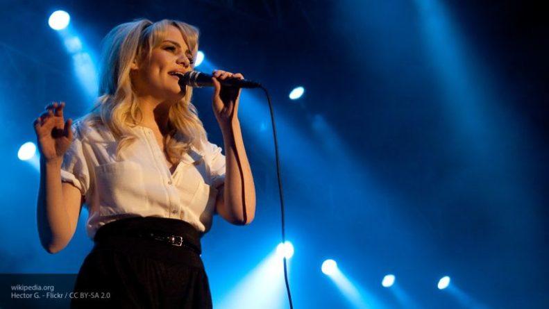 Общество: Певица Даффи рассказала, что ее насиловали и заставляли употреблять наркотики