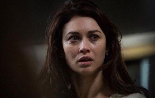 Общество: Зараженная Covid-19 «девушка Бонда» рассказала, почему она не в больнице