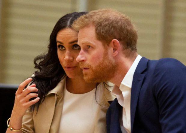 Общество: Коронавирус остановил: Меган Маркл и принц Гарри оказались в изоляции