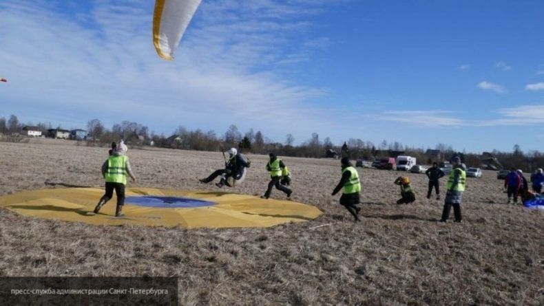 Общество: Парапланеристка разбилась во время соревнований в Ленинградской области