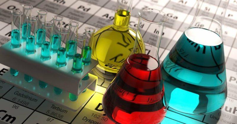 Общество: Отменены тесты по физике и химии для школьников