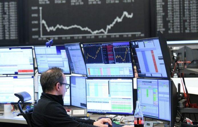 Общество: Европейские рынки акций существенно снизились