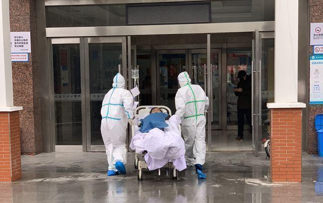 Общество: Первую смерть от коронавируса зафиксировали еще в одной стране