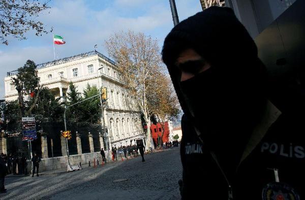 Общество: СМИ: Между Ираном и Турцией назревает скандал на почве убийства диссидента