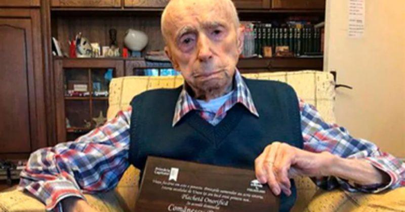 Общество: Самый старый мужчина мира поделился рецептом долголетия