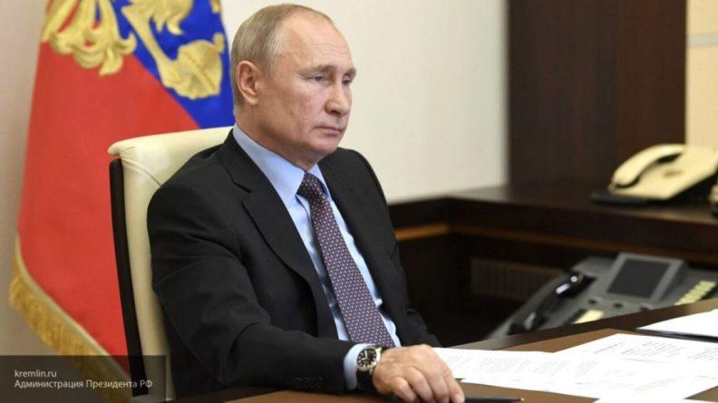 Общество: МИД Великобритании разделил мнение Путина о победе во Второй мировой войне