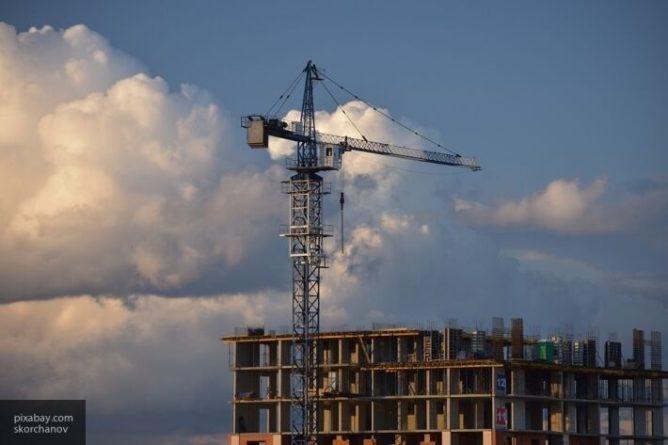 Общество: Власти Британии планируют построить 100 000 домов для борющихся с COVID-19 работников