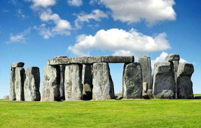 Общество: Около Стоунхенджа нашли новый исторический объект