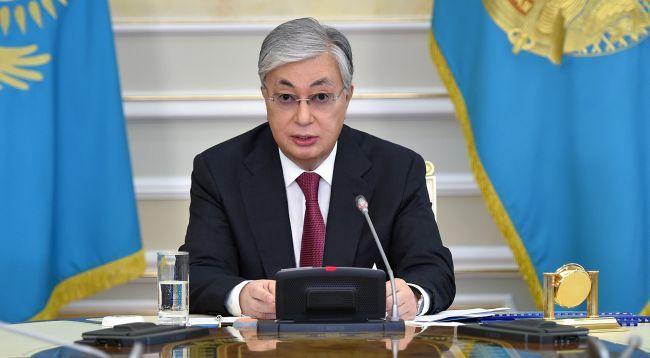 Общество: Токаев: В языковом вопросе важно не повторить негативный опыт Украины