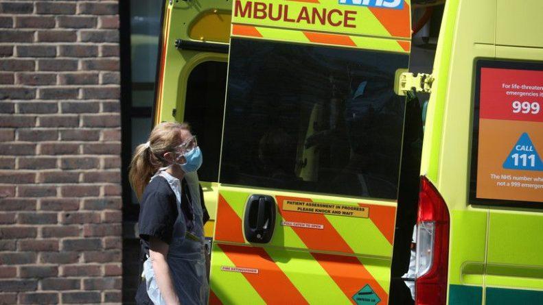 Общество: В Британии за сутки скончались 67 человек с коронавирусом