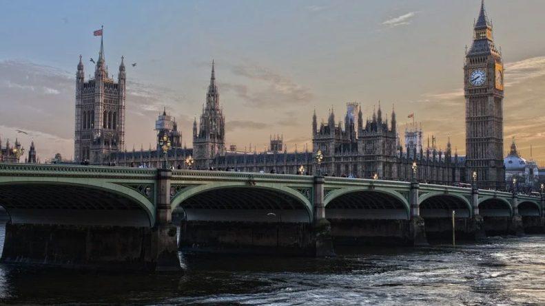 Общество: Пандемия превратит Великобританию «культурную пустыню»