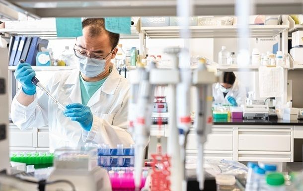 Общество: Британия заказала 60 млн доз вакцины от коронавируса