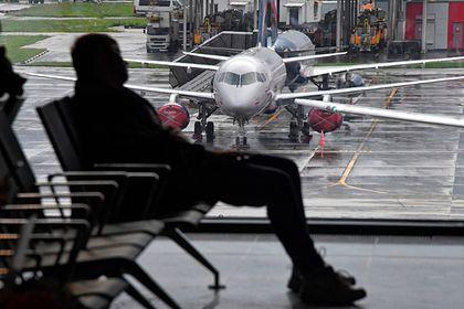 Общество: Пассажиры первого авиарейса из Москвы в Лондон поделились подробностями перелета